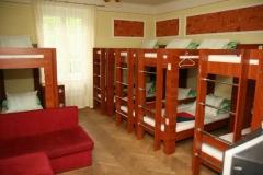 hostel_room